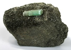 Mineralienatlas Lexikon Mineralienportrait Beryll Smaragd