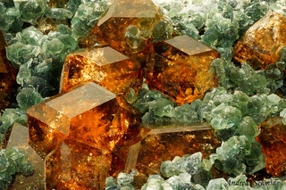 Grossular and Chlorite