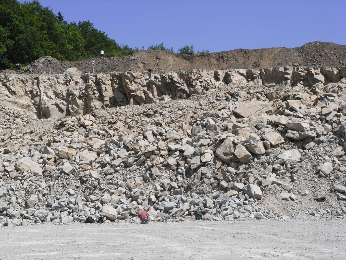Mineralienatlas lexikon deutschland rheinland pfalz for Boden deutschland